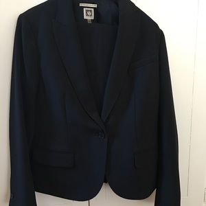 Ann Klein Pant Suit worn twice.